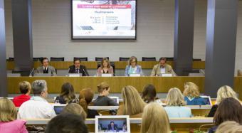 Hidalgo asiste a la jornada 'La mujer como motor de la economía'