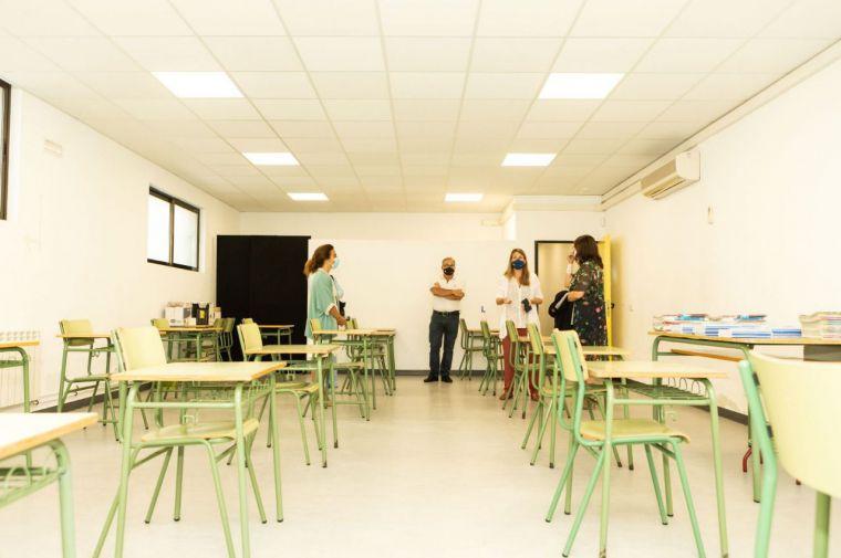 La Comunidad de Madrid invierte 13,3 millones para instalar más de un centenar de aulas adicionales