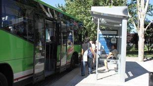 Pozuelo estrena paradas de autobús en el Valle de Las Cañas