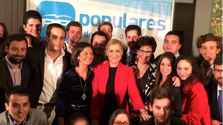 El PP de Pozuelo celebra su copa de Navidad con Cristina Cifuentes, Susana Pérez Quislant y Paloma Adrados