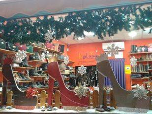 Escaparate con Reyes Magos 'de tacón' de Kalzza
