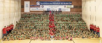 El Club Baloncesto Pozuelo se reúne en el polideportivo municipal El Torreón para la gran foto de familia