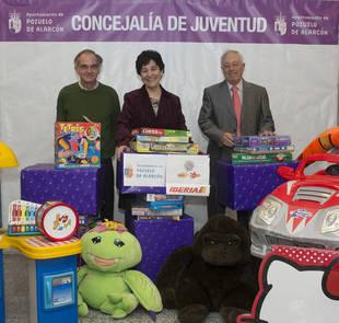 Más de 300 cajas de juguetes con destino a Pozuelo, Perú y República Dominicana
