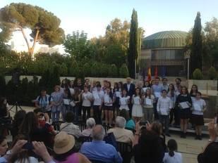 Los alumnos de Bachillerato y Secundaria de Pozuelo reciben sus 'Gerardo Diego'