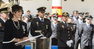 La alcaldesa destaca el compromiso con España de la Policía Nacional en el día de su festividad