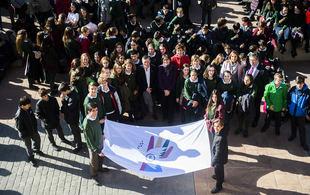Más de 600 alumnos de Pozuelo de Alarcón celebran el Día Escolar de la No violencia y la Paz