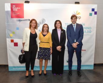 """La alcaldesa de Pozuelo inaugura el congreso de AMEP: """"Tecnología y Talento femenino. Tomando impulso"""""""