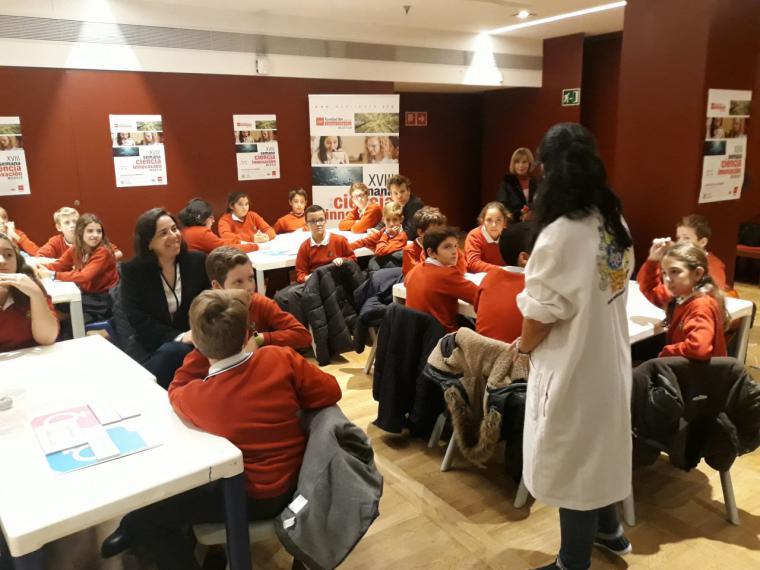 La Comunidad fomenta la presencia de la mujer en el ámbito científico a través de la XVIII Semana de la Ciencia