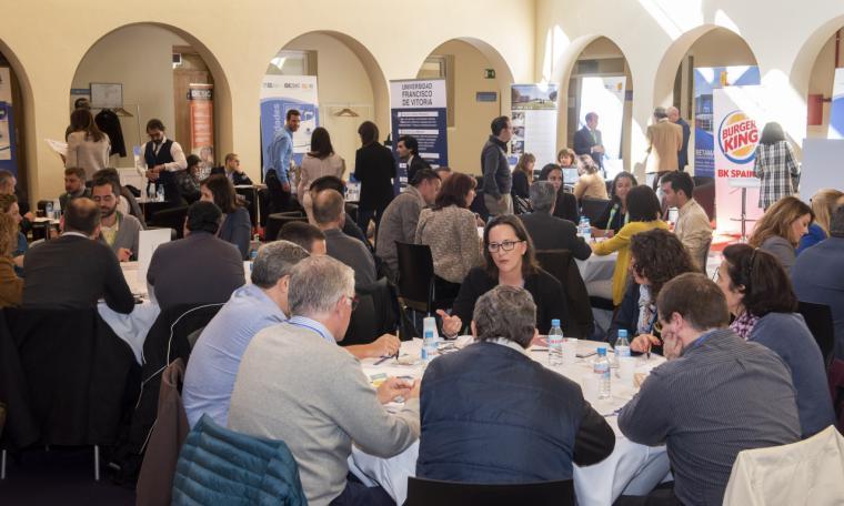 El Ayuntamiento celebra su I Foro de Formación Empleo y Empresas de Pozuelo con gran éxito de participación