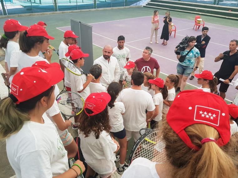 La Comunidad difunde la cultura deportiva entre niños y jóvenes a través de los campus deportivos