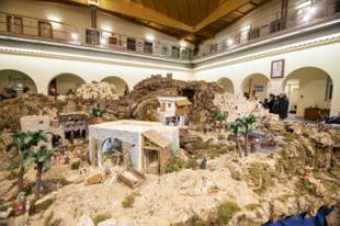 Más de 2.000 personas han visitado ya el Gran Belén instalado en el Patio de Segovia del Ayuntamiento de Pozuelo de Alarcón