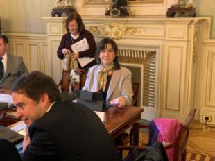 La alcaldesa participa en la reunión con la Ministra de Hacienda en la que se le reclama la devolución del IVA de 2017 a los Ayuntamientos