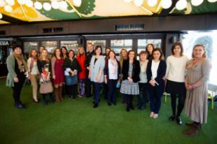Políticas, educadoras, empresarias y juristas de Pozuelo comparten experiencias sobre su liderazgo en un encuentro con motivo del Día de la Mujer