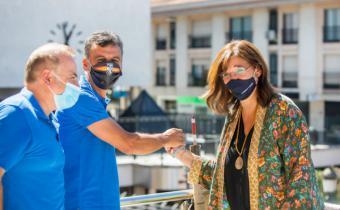La alcaldesa recuerda a las víctimas del Covid-19 y a sus familias en un pregón virtual