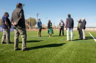Renovada la pista de atletismo y nuevo campo de césped artificial en la Ciudad Deportiva Valle de las Cañas de Pozuelo de Alarcón