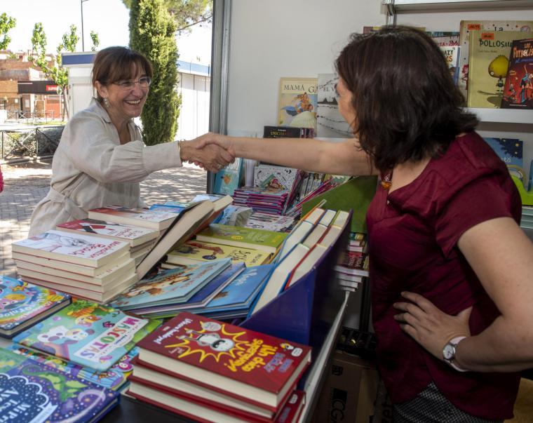 """El Ayuntamiento de Pozuelo de Alarcón celebra la """"Noche de los Libros"""" con dos citas online"""