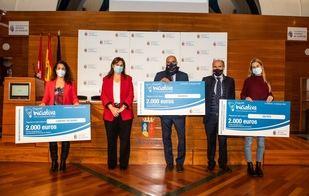 El Ayuntamiento entrega los Premios Iniciativa con los que reconoce el espíritu emprendedor y a las empresas de nueva creación