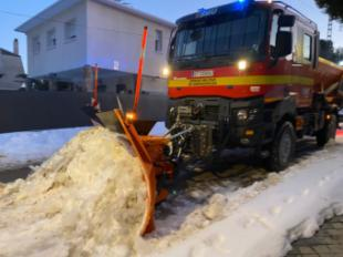 La UME comienza a colaborar en las labores de limpieza de nieve en Pozuelo de Alarcón