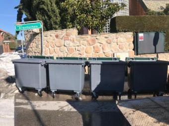 La alcaldesa pide colaboración a los vecinos para facilitar la recogida de la basura