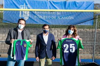 Pérez Quislant felicita al Club Hockey Pozuelo por su 25 aniversario