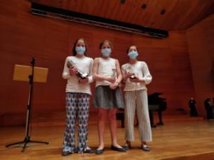 """Tres alumnas de la Escuela Municipal de Música de Pozuelo, premiadas en el """"Concurso Nacional Sant Anastasi"""" de Lérida"""