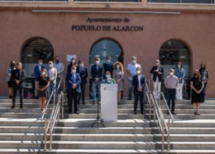 Pozuelo de Alarcón guarda un minuto de silencio en señal de repulsa por el asesinato ocurrido en la ciudad