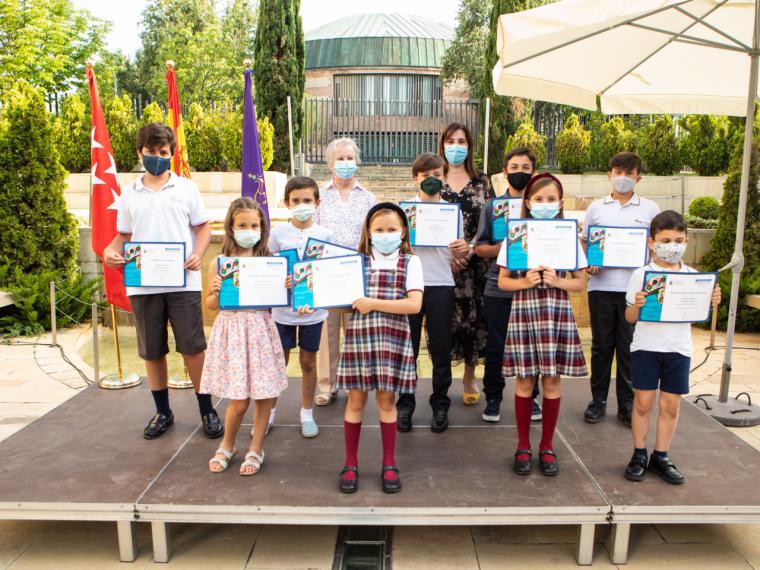 """Entrega de los premios del """"Concurso Escolar de Poesía e Ilustración Gerardo Diego"""" a los alumnos de Primaria y Secundaria"""