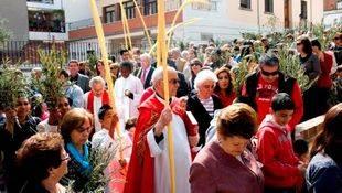 Palmas y ramos anuncian la Semana Santa en Pozuelo
