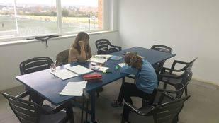¿Sabes que Pozuelo cuenta con zonas de estudio en los polideportivos municipales?