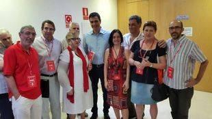 Apoderados del PSOE de Pozuelo con su Secretario General, Pedro Sánchez.