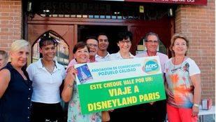 Una vecina de Pozuelo gana el premio de la campaña 'Rasca y gana' de la ACPC