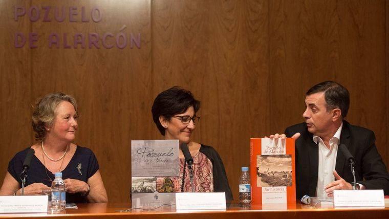 Mª Esperanza Morón completa la historia de Pozuelo de Alarcón