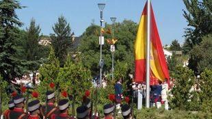 Homenaje a la bandera de España en Pozuelo