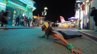 ¿Cómo sobrevivir a un apocalipsis zombie en un parque de atracciones?