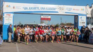 """La alcaldesa presenta la IV Carrera Solidaria """"Un juguete, una ilusión"""""""