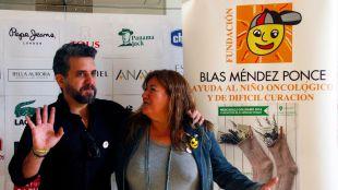 Un millar de personas han pasado ya por el Mercadillo Solidario de la Fundación Blas Méndez Ponce