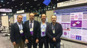 Oftalmólogos del Clínico galardonados por sus esfuerzos en el estudio de la uveítis