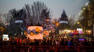 La Gran Cabalgata de Reyes de Pozuelo de Alarcón reúne a miles de personas