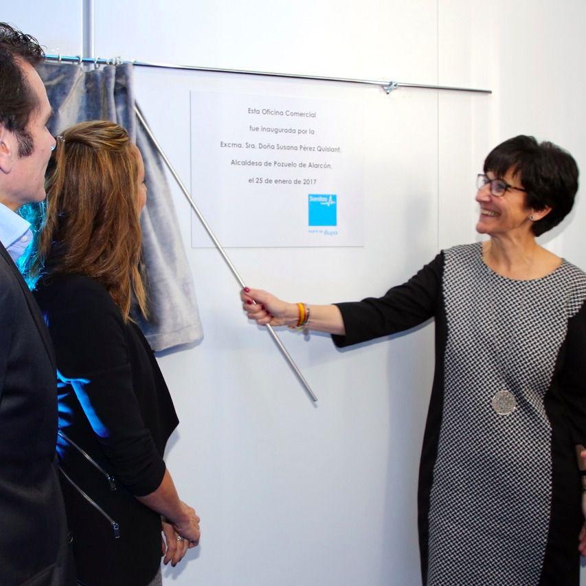 Susana p rez quislant y gemma mengual inauguran la nueva for Sanitas madrid oficinas
