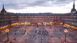 Los turistas internacionales gastan casi un 30% más que el año anterior