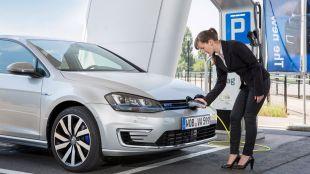 Los vehículos híbridos y eléctricos comienzan el año al alza
