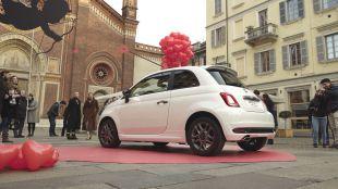 El Fiat 500 juega a ser cupido