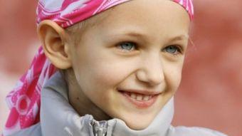 Los hospitales de la Comunidad atienden al año más de 200 nuevos menores con cáncer