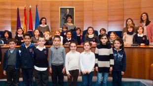 Los escolares de Pozuelo conocen la labor del Ayuntamiento en primera persona