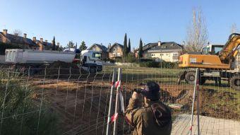 Las obras en el entorno de Fuente de la Salud elevan las quejas de los vecinos
