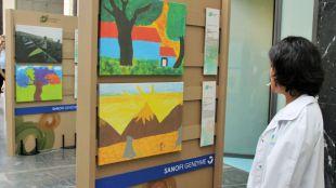 El Clínico San Carlos muestra en una exposición las esperanzas de personas con enfermedades raras