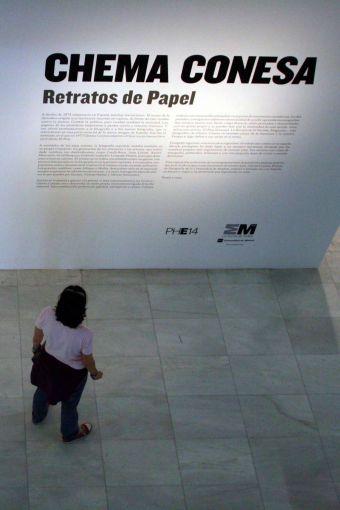 Chema Conesa llega a Pozuelo con su exposición 'Retratos de papel'