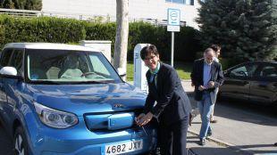 La flota del parque móvil municipal de Pozuelo ya cuenta con un nuevo coche eléctrico