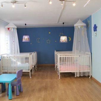 Una niña de 16 meses muere asfixiada en una escuela infantil de Aravaca