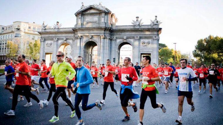 Dispositivo especial de transporte para velar por la movilidad en el Maratón de Madrid